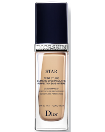Diorskin Star Foundation 031 Sand